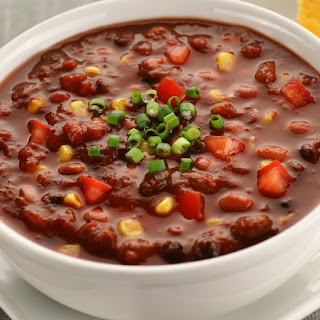 Super Easy Vegetarian and Vegan Chili Recipe
