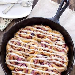 Blackberry Vanilla Sweet Rolls