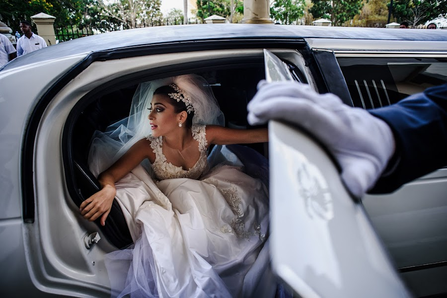 Wedding photographer Víctor Martí (victormarti). Photo of 05.04.2016