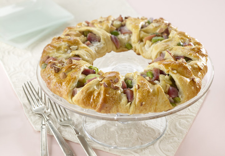 Ham and Almond Pastry Ring Recipe