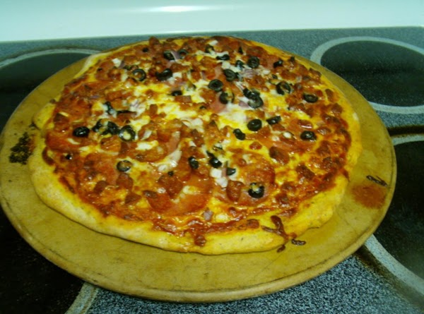 Linguica And Salami Pizza With Herb Crust Recipe