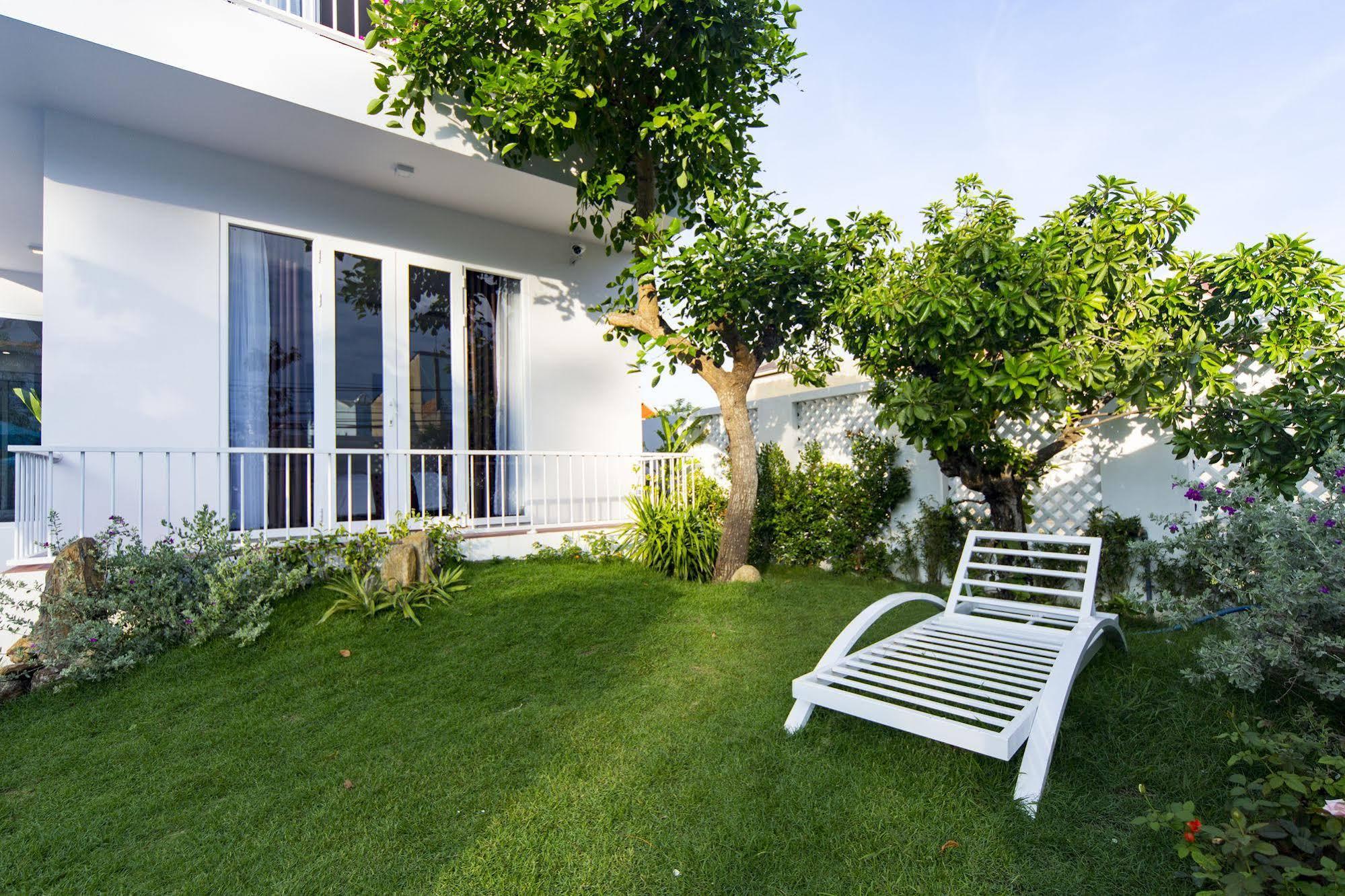 Hoi An White Villa
