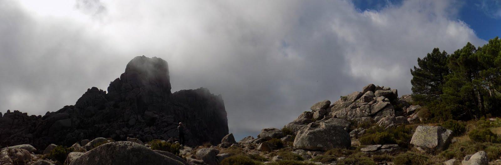 Les deux sommets depuis la crête Nord (photo Olivier Hespel)