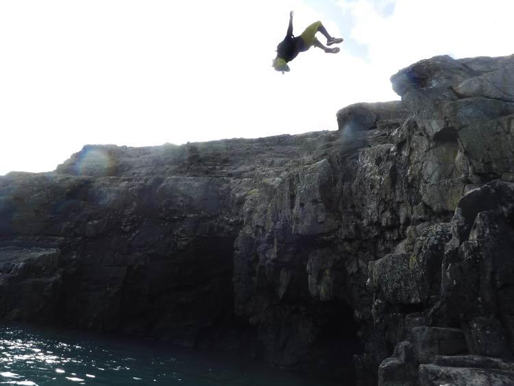 coasteering plunge