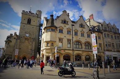 【世界の市場】ショッピングにグルメ、楽しみが詰まったイギリス・オックスフォードのおもちゃ箱「カバード・マーケット」