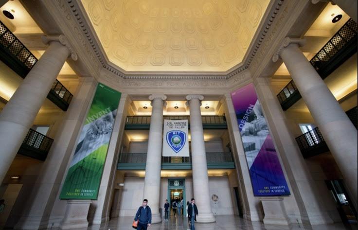 Lobby 7 at MIT, facing the Infinite Corridor. Photo: Ho Yin Au.
