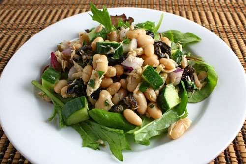 """Tuna and Cannellini Bean Salad""""The salad was quick and simple to make..."""
