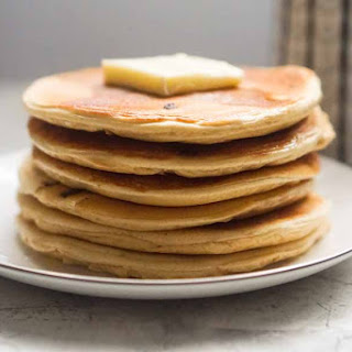 Low Carb Protein Pancakes – Peanut Butter Chocolate Chip [Recipe].