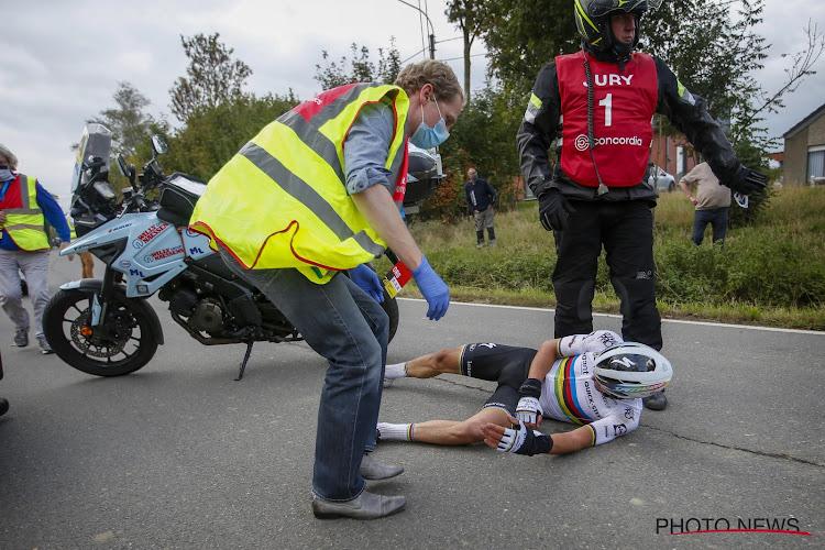 """Deceuninck-Quick.Step geeft update na operatie Alaphilippe: """"Toen ik op de grond lag, dacht ik het ergste"""""""