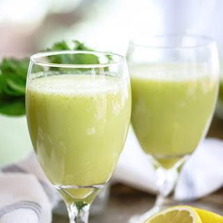 Mediterranean-Style Mint Lemonade (Limonada).