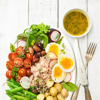 French Salad Niçoise with Lemon-Dill Dressing.