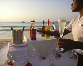 Photo: There is a champagne sunset toast one of the nights and it seemed a lot of people did not know about it. Make sure you don't miss it!