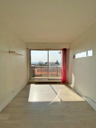 Appartement a louer puteaux - 1 pièce(s) - 17 m2 - Surfyn