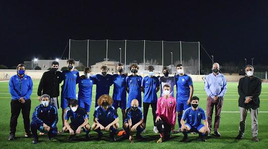La Escuela TAE de fútbol presenta su nueva equipación para la temporada 20/22