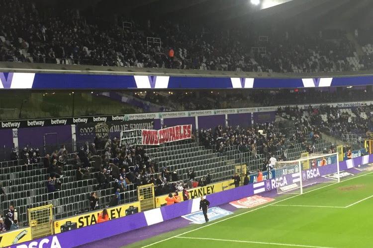 """Les supporters d'Anderlecht passent un message: """"Tous coupables"""""""