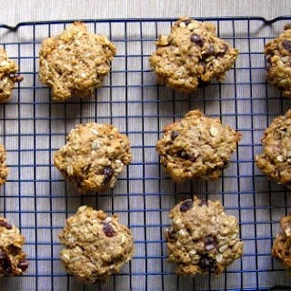 Healthy Happy Oatmeal Cookies.