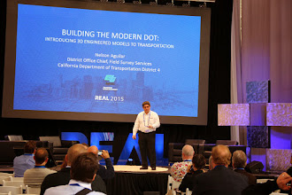 Photo: Nelson Aguilar presentingat #REAL2015 secondary stage