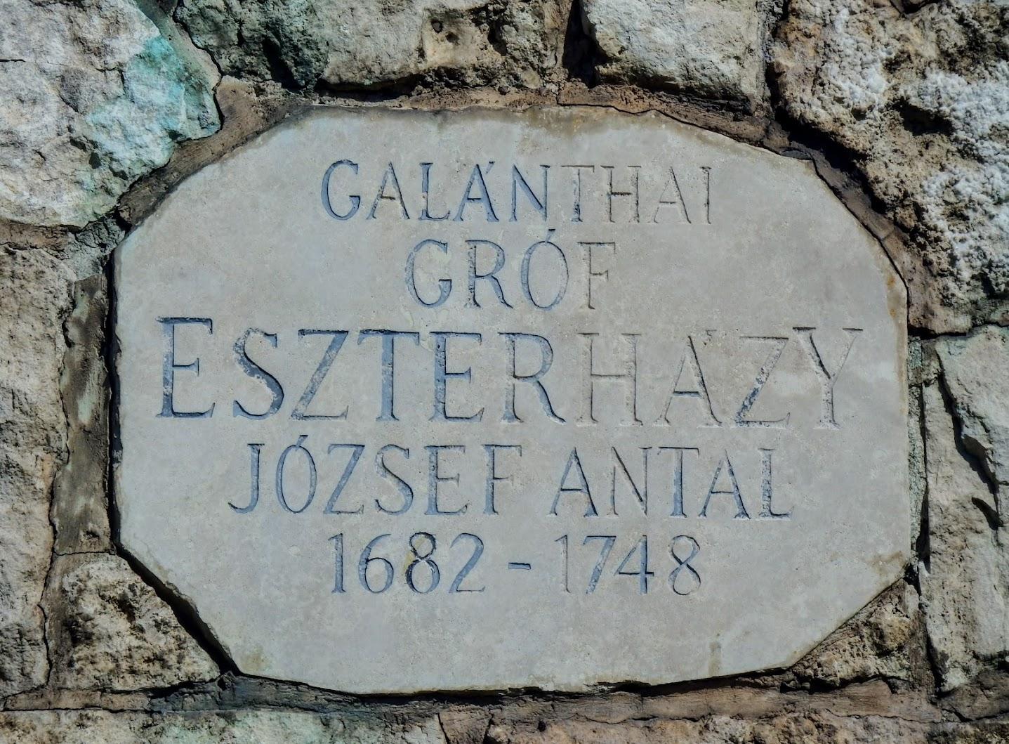Tatabánya - Gróf Eszterházy József Antal lovasszobra