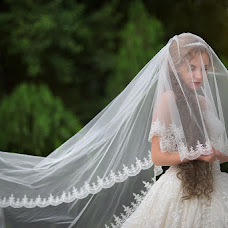 Wedding photographer Maksim Lobikov (MaximLobikov). Photo of 21.06.2016