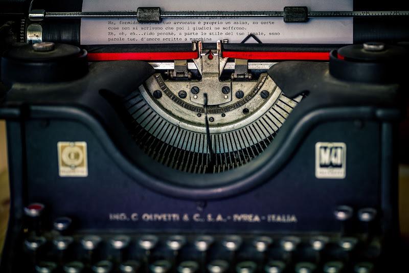 Parole d'amore scritte a macchina di Sergio Locatelli