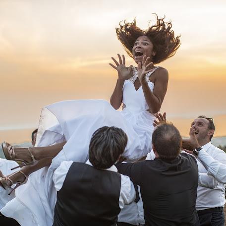 Fotografo di matrimoni Alberto Martinelli (albertomartine). Foto del 13.10.2017