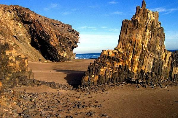 Parque Natural Cabo de Gata-Níjar, cala Grande. Turismo Nïjar.