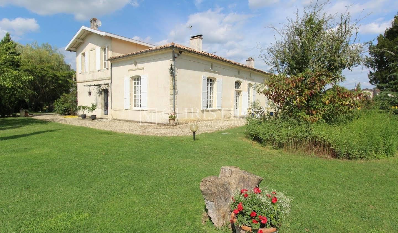 Manor La Brède