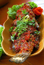 Photo: Fried fish topped with chilli sauce ปลาราดพริก (Thai food)