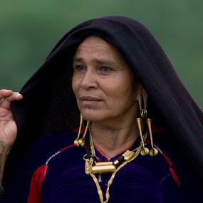 Rabari women by Mohan Matang - People Portraits of Women