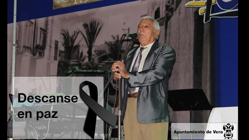 Imagen de Juan Miguel Morata compartida por el Ayuntamiento de Vera.
