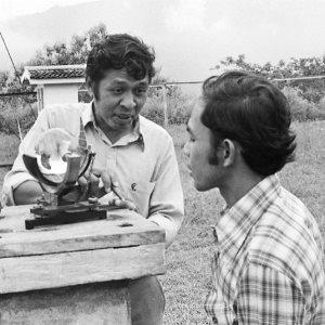 Persiapan pengamatan gerhana matahari total di Candi Borobudur tanggal 11 Juni 1983.