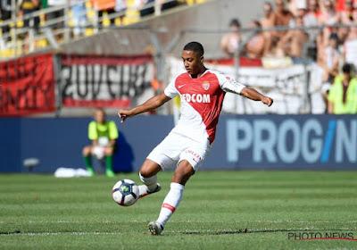 Tielemans loupe un tir au but, mais Monaco se qualifie au terme d'une séance folle