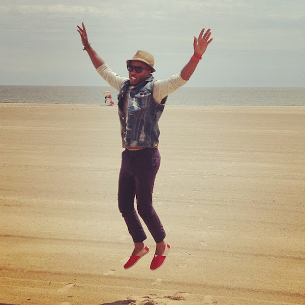 Photo: TOMS fan Addi looks stoked about summer - are you?