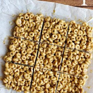 3 Ingredient Peanut Butter Cereal Bars Recipe