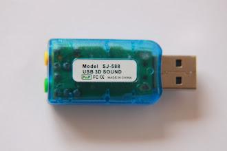 Photo: 06/12/11 - Essa placa de som não possui capacitores sendo recomendada pelo projeto Soundstepper por implementar um circuito eletrônico mais simples.
