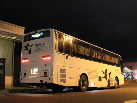 西鉄高速バス「桜島号」 4012 鹿児島本港高速船ターミナルにて_06