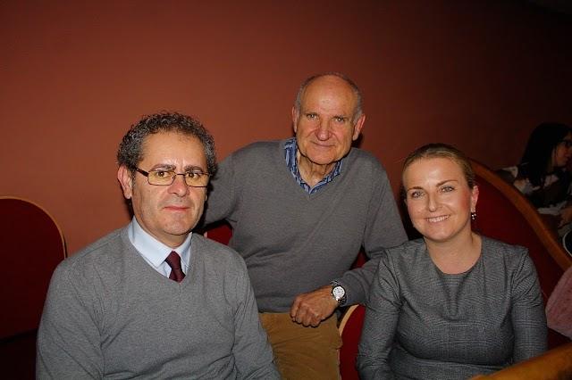 El alcalde de Berja y la concejala de Cultura junto al presidente de Fealca.