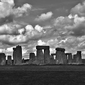 stonehenge by Tyler Sleap - Landscapes Cloud Formations ( salisbury, united, england, b&w, stonehenge, hdr, kingdom, white, cloudy, wiltshire, black )