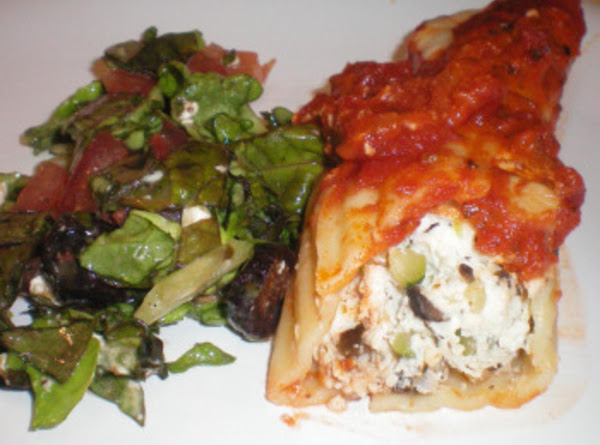 Manicotti Stuffed With Chicken & Vegetables Recipe