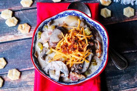 Crockpot Potato Bacon Soup Recipe