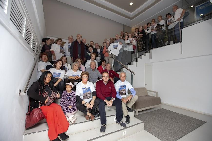 Foto de familia en el hotel Helios.
