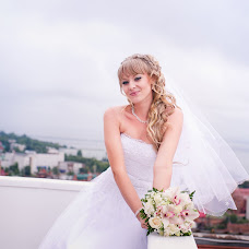 Wedding photographer Yuliya Mitrofanova (ameli2332). Photo of 05.11.2013