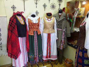 Photo: After lunch we went to a store that sold traditional items where I bought a Lithuanian egg.
