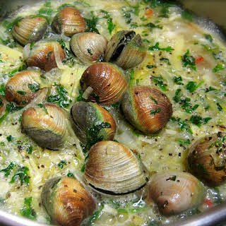 Pressure Cooker Drunken Clams.