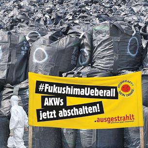 Plakat: Eine Halde mit Säcken voller Atommüll. «AKWs jetzt abschalten!»