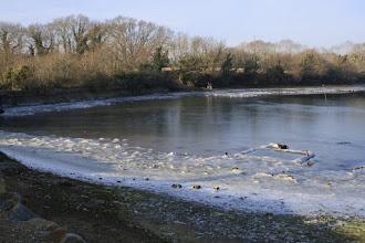 Photo: Janvier 2009, la mer glace dans l'anse de Penfoulic