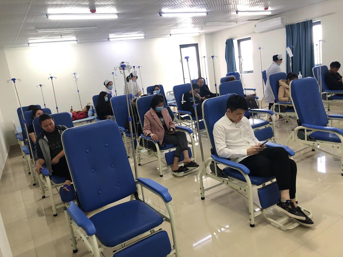 Phòng chờ y tế khang trang, tạo cảm giác thân thiện cho bệnh nhân