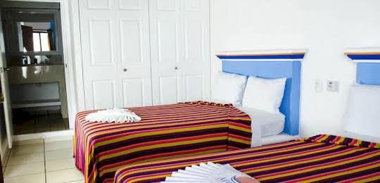 Hotel y Suites Mar y Sol