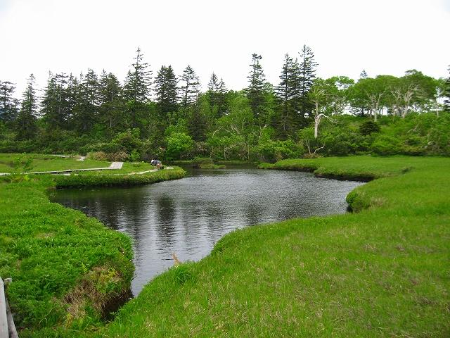 ニセコ:神仙沼を行く
