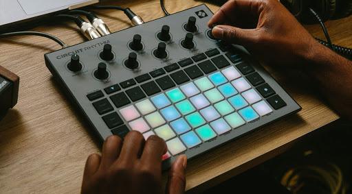 Novation Circuit Rhythm: the beatmakers' best friend?